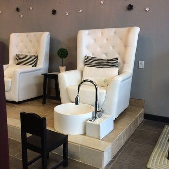 Pinterest the world s catalog of ideas for Nail salon benches