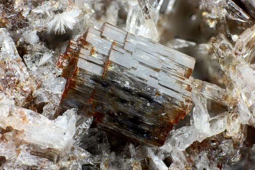 Cordierite, (Mg,Fe)2Al4Si5O18 Germany