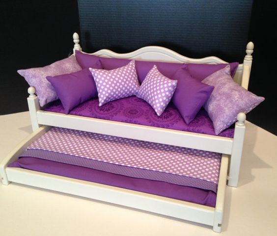 American Girl muñeca: Muebles sofá nido con ropa por BedsandThreads