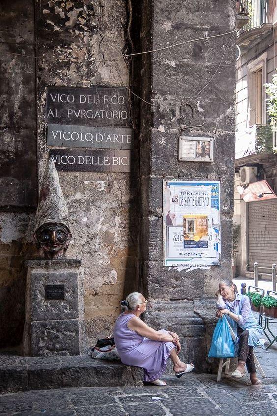 Napoli, you make me smile1 Lisa, Italian Summers