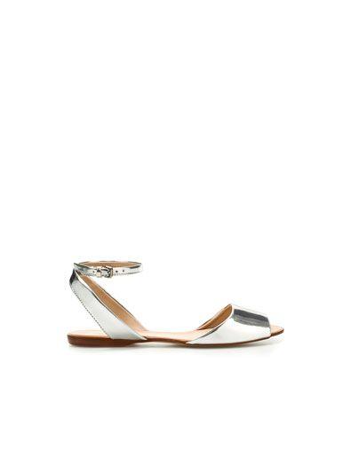 Basic Metallic Sandal
