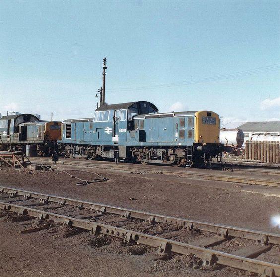 British Rail Class 17 Clayton D8558