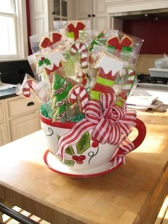 Christmas cookie bouquet By DoubleODanish on CakeCentral.com: