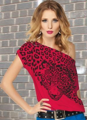Blusa Vermelha com Estampa de OnçaManga Curta - Posthaus.com.br
