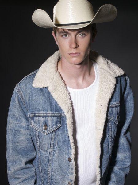 Jordan Parrish aka Ryan Kelley - Page 2 A283cea22f06442b01622d5ff11e4791