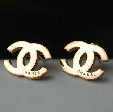 chanel rose gold stud earrings accessories. Black Bedroom Furniture Sets. Home Design Ideas