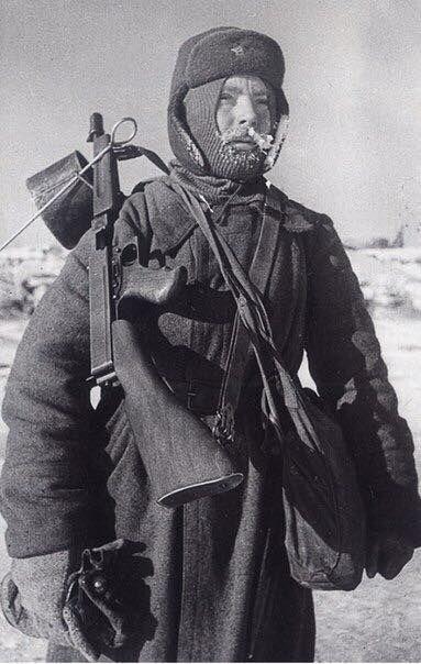 Солдат зимой.