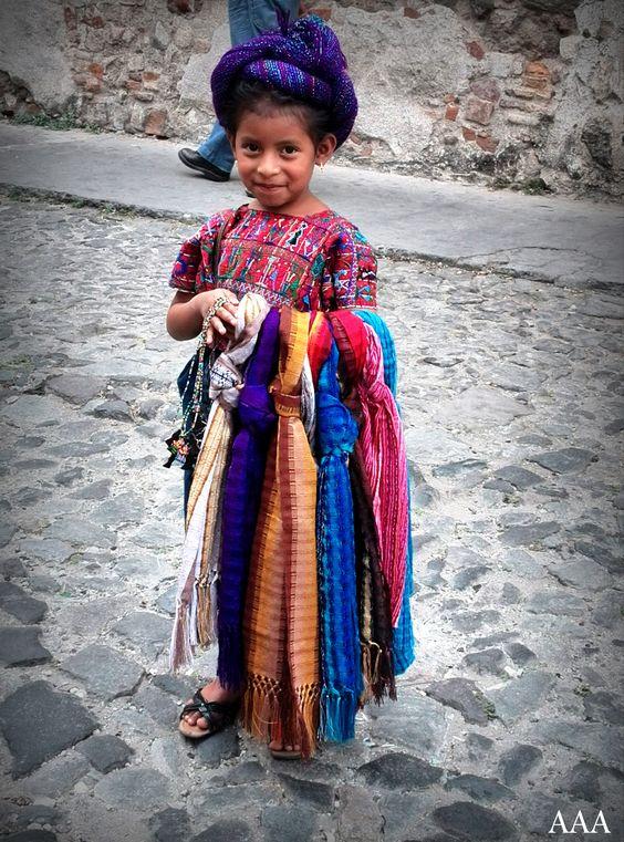 Beautiful native child Antigua Guatemala./Pequeña niña indígena en Antigua Guatemala.
