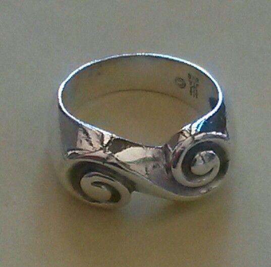 James Avery Swirl Ring Retired