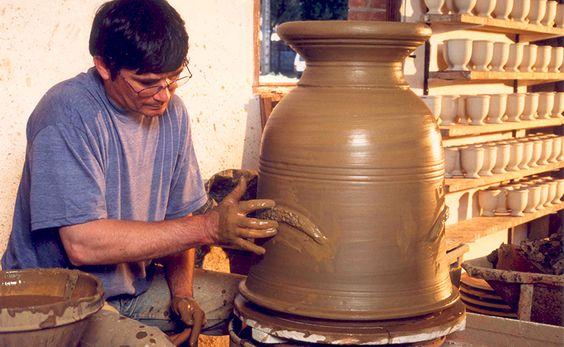 Partez en famille sur la route du Vase d'Anduze ;-) Retrouvez un témoignage sur www.sortie-famille-gard.com