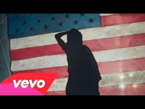 Breathe out breathe in American Oxygen Rihana's New Video | Entertainment
