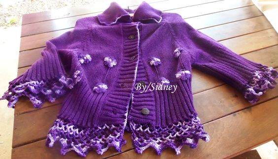 Colete customizado de crochet e tricot