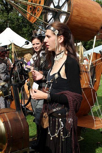 Steampunk gypsy at Elf Fantasy Fair Arcen - The Netherlands - 15.09.2012