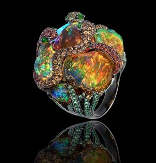 It looks like the brain of an alien, love it! /Lydia Courteille - Gardens of Xochimilco collection