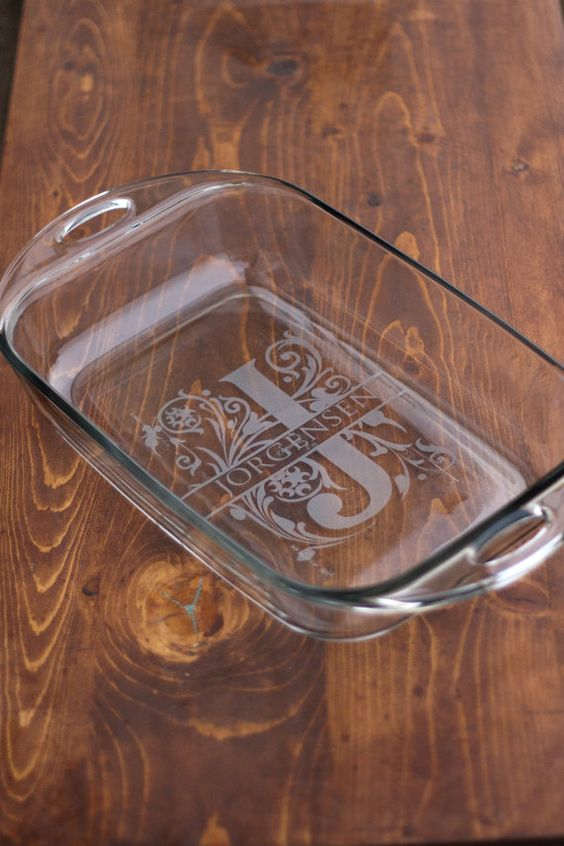 6 Monogrammed baking dishes by evanchandlerdesigns on Etsy (Home & Living, Kitchen & Dining, kitchen, baking, casserole, dish, etched, custom, monogram, name, gift, wedding, pan, bakeware, etch)