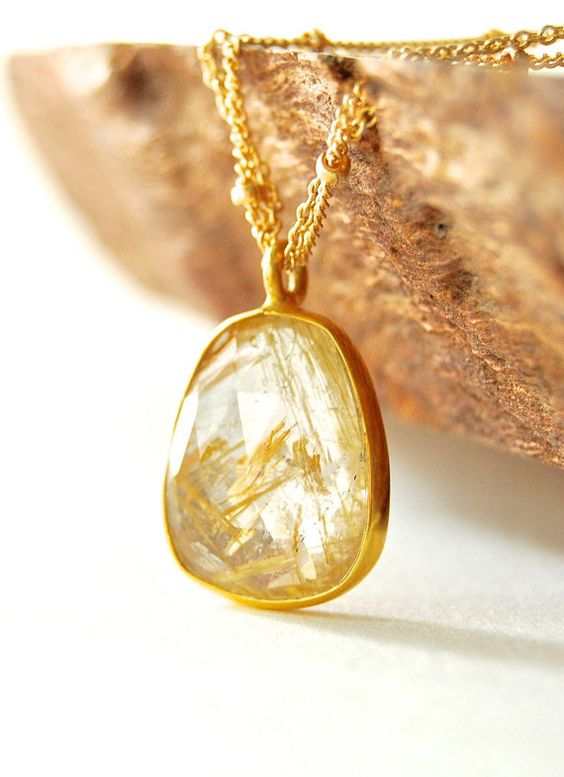 Kau'i necklace - gold rutilated quartz pendant necklace, www.kealohajewelry.etsy.com maui, hawaii