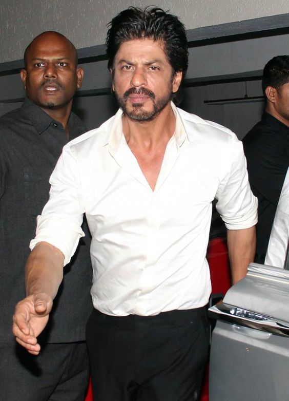 Shah Rukh Khan at Saif Ali Khan's dinner bash. #Bollywood #Fashion #Style #Handsome