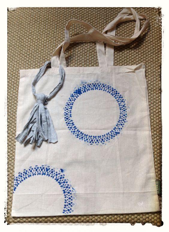 Pintar bolsa de tela con blondas de reposter a estampadas - Bolsas para pintar ...