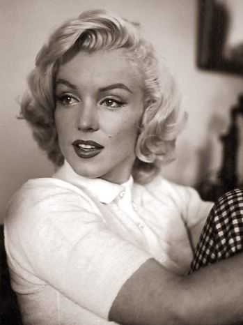 Unseen Marilyn Monroe  Vachon received rare access to the starlet who was hobbled with an ankle injury.
