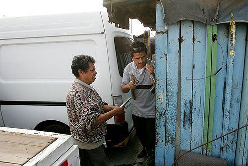Nezahualcóyotl, Méx. 30 Mayo 2013. Cada acto efectuado en el interior del predio rescatado fue sancionado por la autoridad judicial y un notario público.