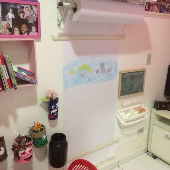 Espaço para desenho no quarto