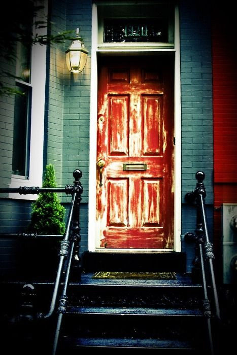 red: Brick House, Favorite Places Spaces, Front Door Inspiration, Doors Windows, House Color, Blue House, Doors Designs, Red Front Doors