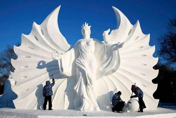 LeHarbin Ice and Snow Festival 2015, dont l'ouverture est prévue pour le 5 Janvier dans la province de Heilongjiang en Chine, dévoile déjà des photos de s