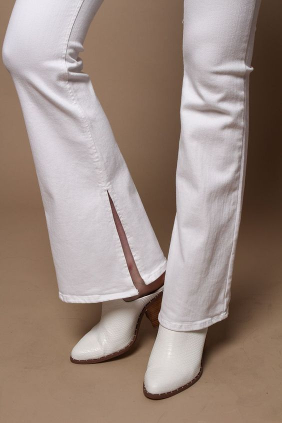 2018/19 trends and details. Highwaist Side Slit Flare Leg Jeans - White