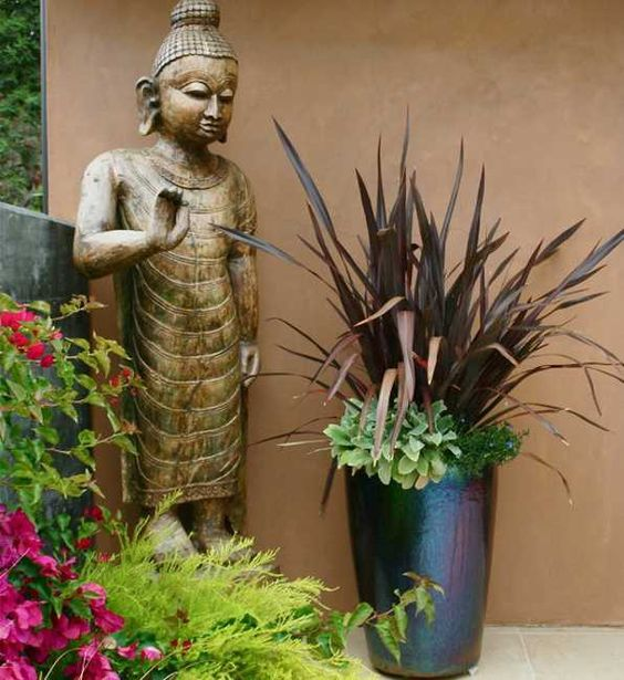 Creating Beautiful Backyard Landscaping Inspired by Oriental Garden Design