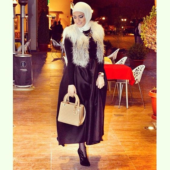 Dazzling winter party look with hijab