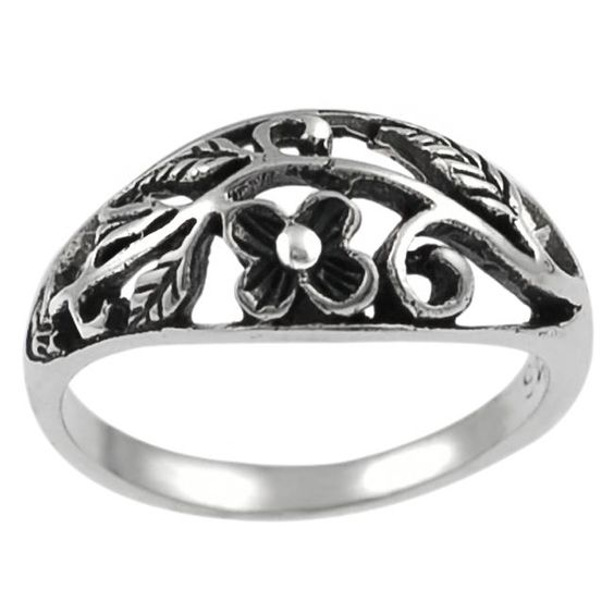 Journee Collection Sterling Flower and Leaves Ring