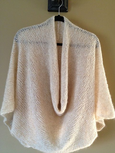 Knitting Patterns For Ponchos And Shawls : Soft Kid Wrap pattern by Alice Tang I dont want to ...