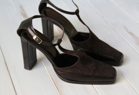 SALE was 95.00 SIZE 9 1/2 M Calvin Klein T Straps Mary Jane High Heels Genuine Leather Made in Italy
