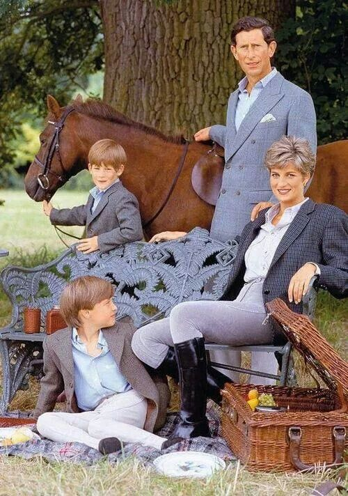 """Charles and Diana with William, Harry and """"the horse"""" -- the Wales's in riding gear -- Christmas photo"""