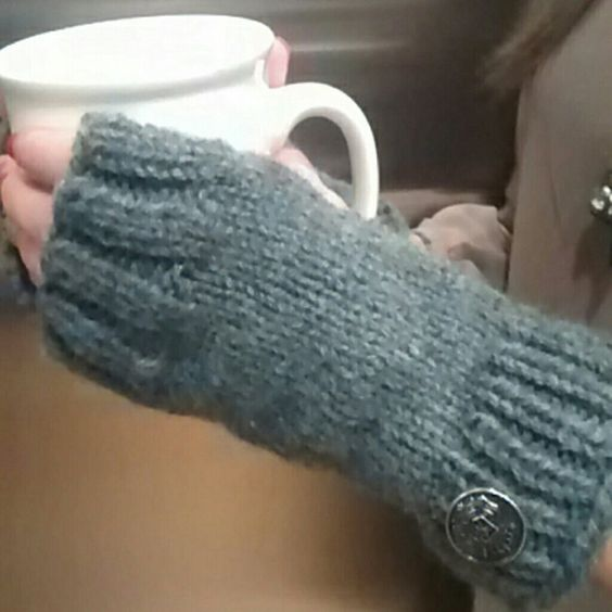 Nwot Fingerless Gloves Gray Handmade Accessories Gloves & Mittens