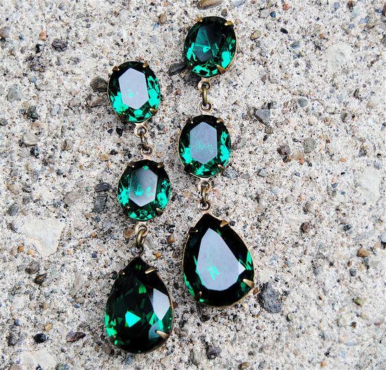 Emerald Earrings - Swarovski Crystal Emerald Green Rhinestone Earrings - Fiesta Earrings - Jewelry by Mashugana