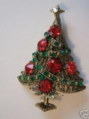 Hollycraft Christmas Tree Brooch:
