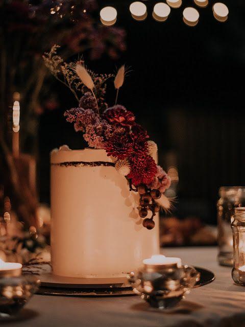 To The Aisle Australia Leah Josh Cabarita Beach Wedding Beach Wedding Wedding Birds Wedding