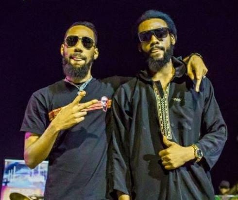 He Was Shocked When He Saw Me Phyno S Lookalike Says After Both Musicians Met In Imo State Look Alike Musician Round Sunglass Men