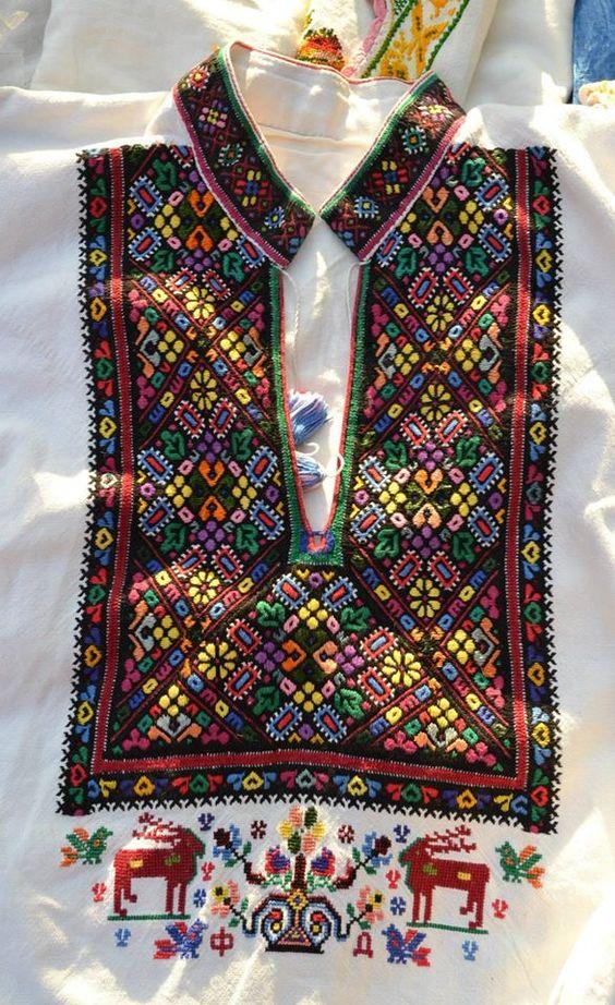 Чоловіча вишиванка, Україна