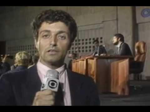 Presidente eleito Tancredo Neves morre em São Paulo (1985)
