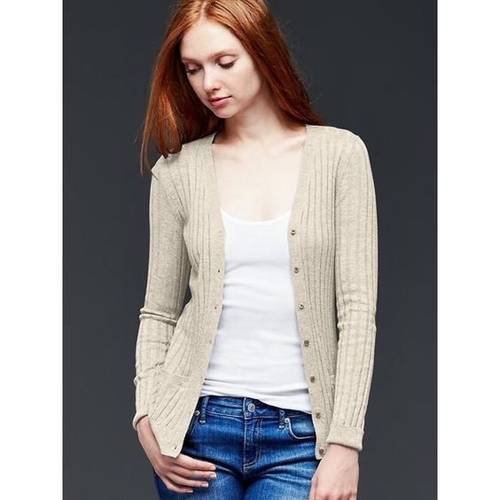 Gap Women Ribbed V Neck Cardigan ($40) ❤ liked on Polyvore featuring tops, cardigans, oatmeal heather, tall, ribbed top, long sleeve v neck cardigan, pink cardigan, long sleeve cardigan et v neck cardigan