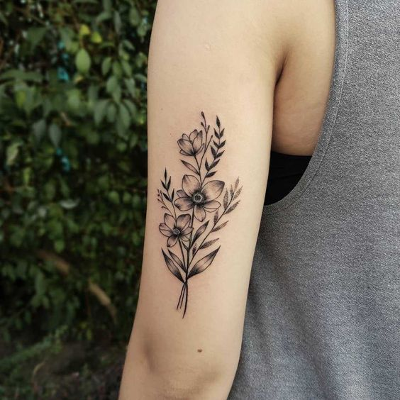 Back Arm Tattoos Which Will Make You Look Unique And Exclusive Tricep Tattoos Back Of Arm Tattoo Tattoos