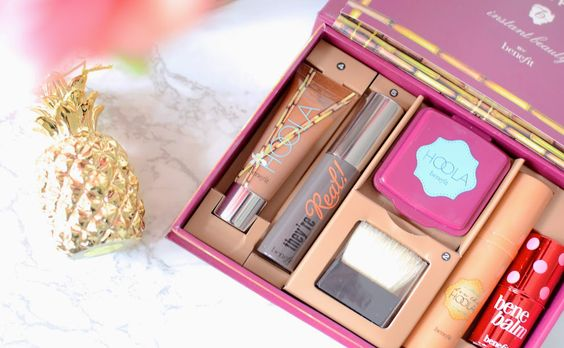BENEFIT DEW THE HOOLA REVIEW