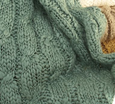 Pottery Barn chunky hand-knit throw blanket {it's super soft!}