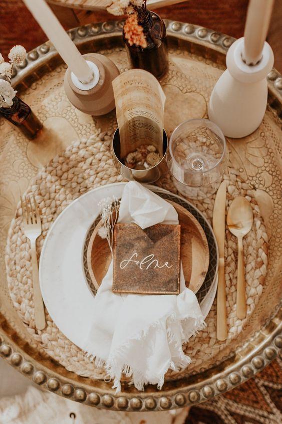 Earthy Desert Wedding Plate In 2020 Earthy Wedding Desert Wedding Wedding Plates