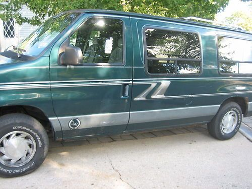 1994 Ford E 150 Handicap Conversion Van Braun Wheelchair Lift