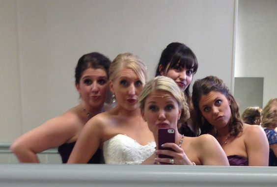 Wedding day bathroom selfie with the girls!