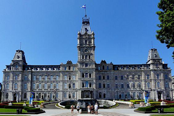 Kanada - Quebec - Parlamentsgebäude by Peter Bär