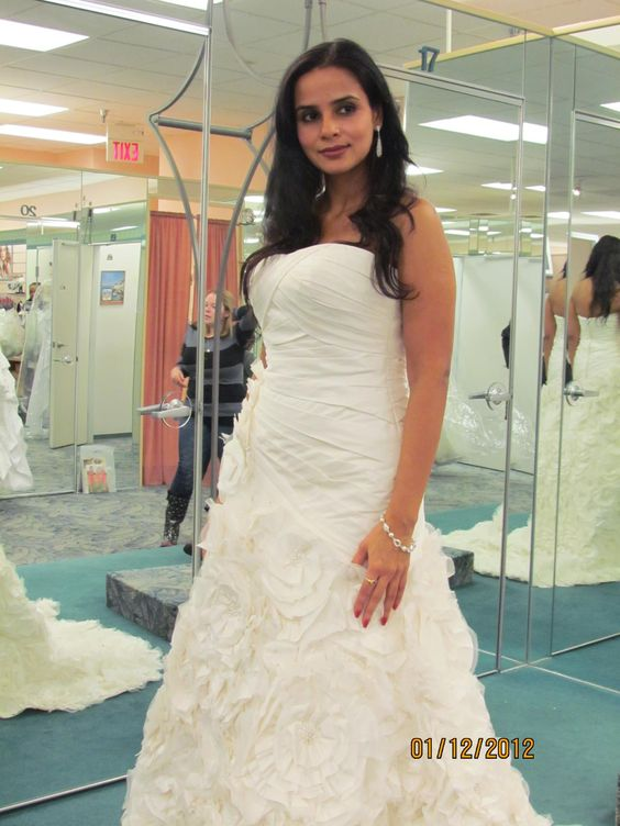 i love wedding gowns and fashion like any other girl but its just that in our culture we dont wear a gown